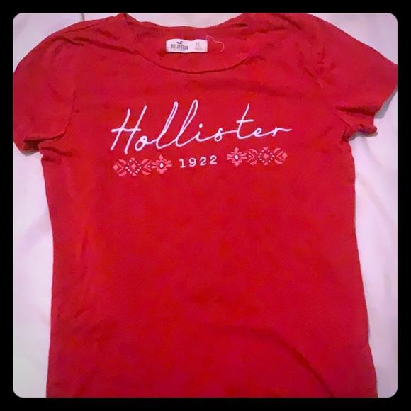 Hollister Tops - Red tee-shirt :brand Hollister